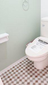北欧的な雰囲気のトイレ