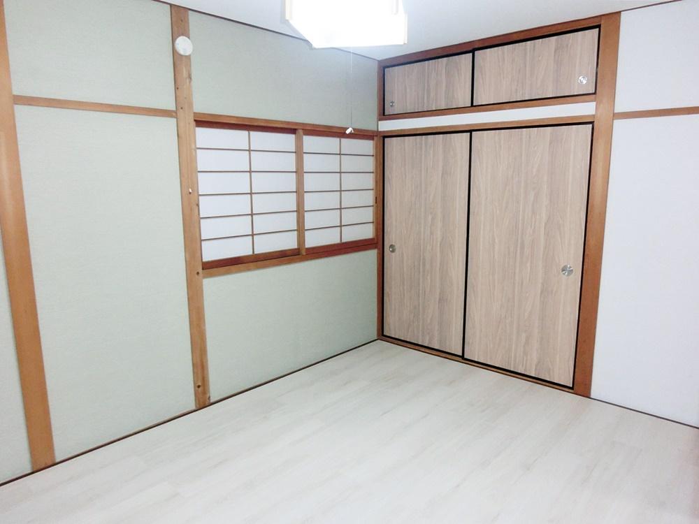 2階和室→洋室にリノベーション(クローゼット側)