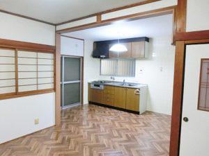 DK+和室→LDKにリノベーション(キッチン側)