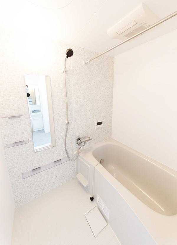 お風呂が広々くつろぎスペース